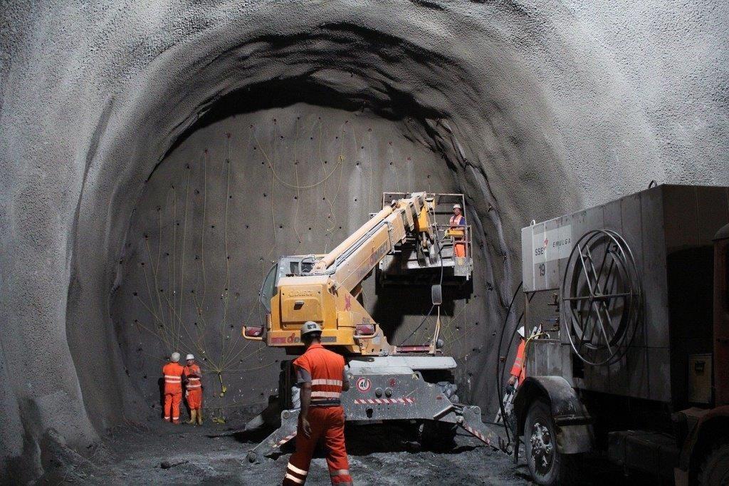 Tunel en obras